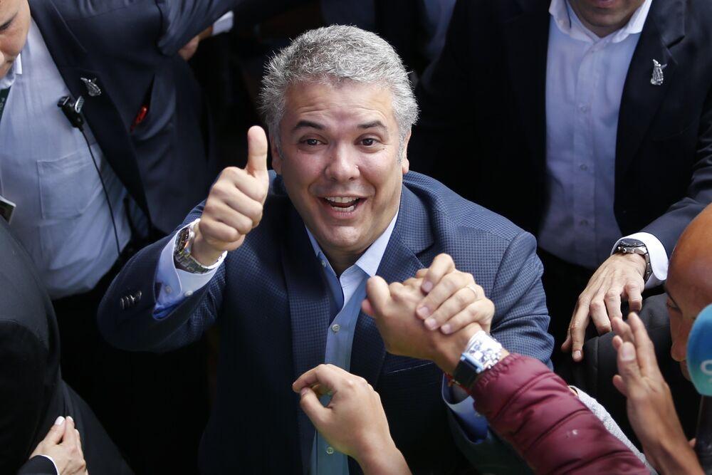 En Colombia el candidato Iván Duque, del partido Centro Democrático, fue elegido presidente del país el 17 de junio en un balotaje contra Gustavo Petro, de Colombia Humana.