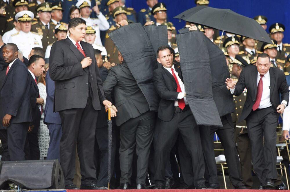 El 4 de agosto, durante un acto en Caracas por la conmemoración de los 81 años de la creación de la Guardia Nacional Bolivariana, se produjo un atentado contra el presidente de Venezuela, Nicolás Maduro.