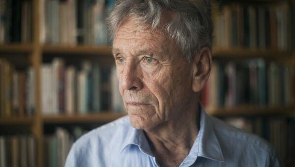Amos Oz, escritor israelí (archivo) - Sputnik Mundo