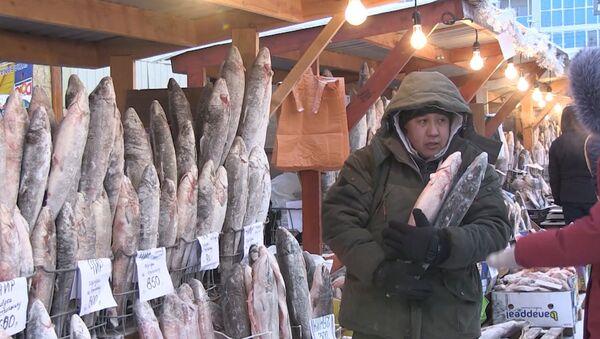 Este mercado a cielo abierto en Siberia es quizás el más frío del mundo. - Sputnik Mundo