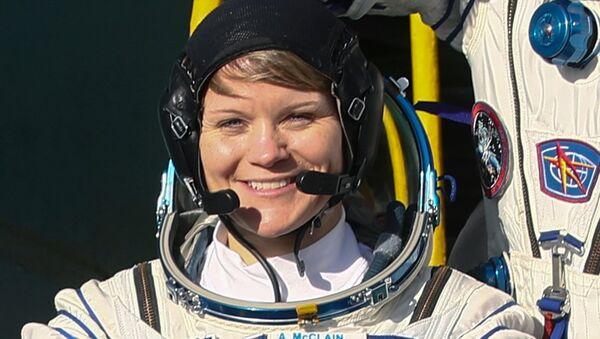 Anne McClain, la astronauta estadounidense - Sputnik Mundo