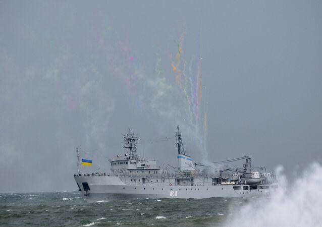 Un buque ucraniano en el mar Negro