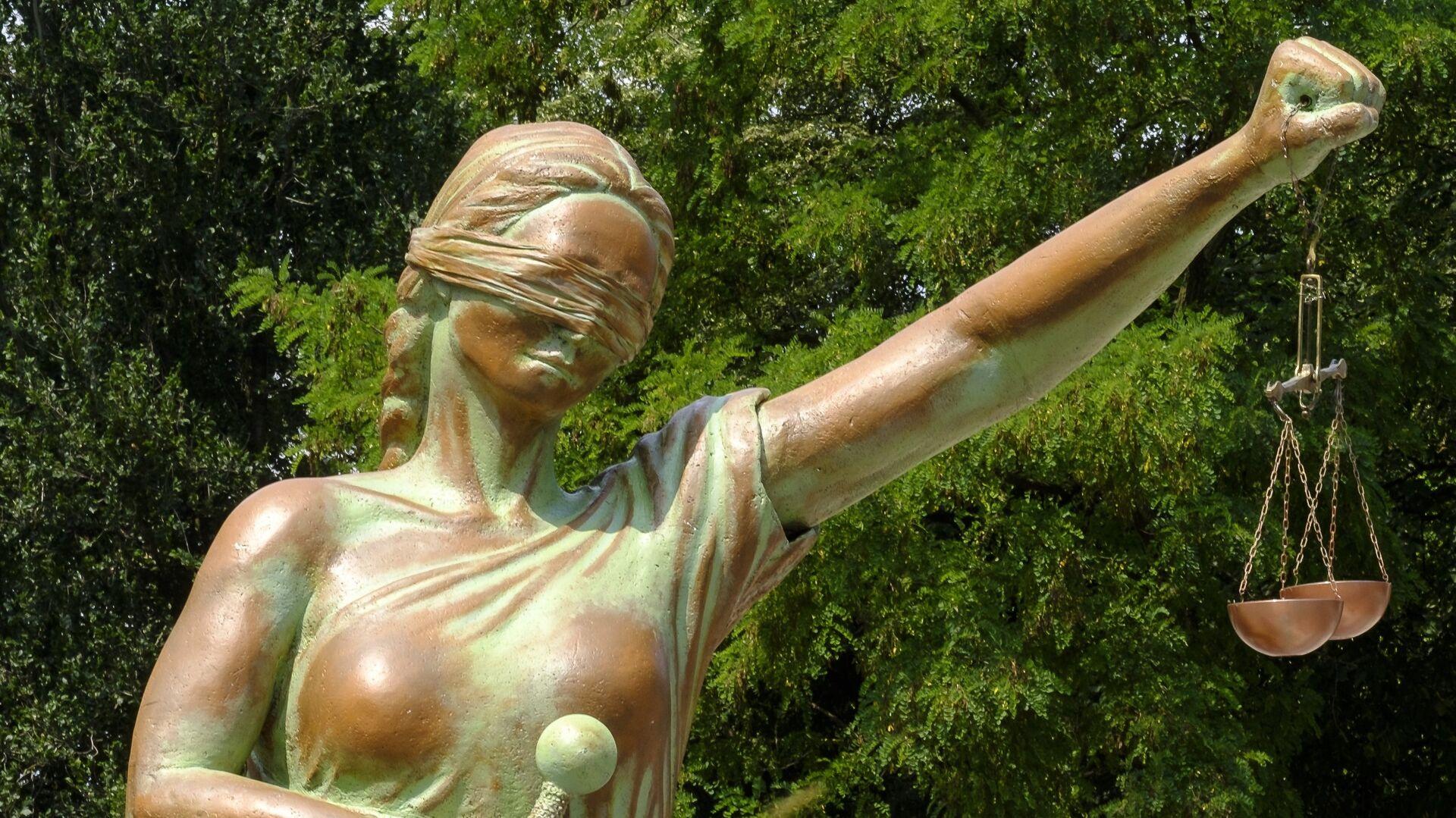 La estatua de la Justicia (imagen referencial) - Sputnik Mundo, 1920, 05.04.2021