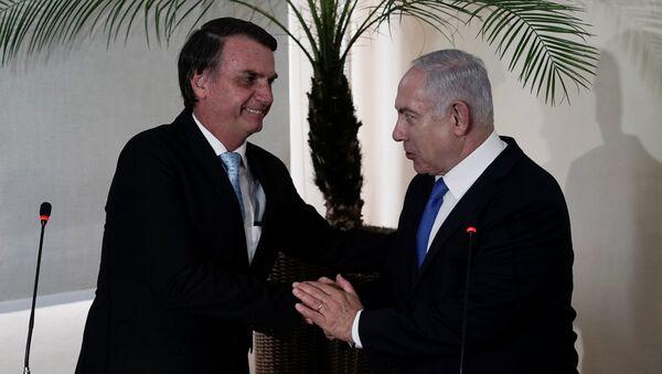 Jair Bolsonaro, presidente electo de Brasil, y Benjamín Netanyahu, primer ministro israelí - Sputnik Mundo