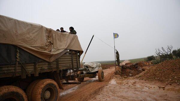 Militares sirios en los alrededores de Manbij - Sputnik Mundo