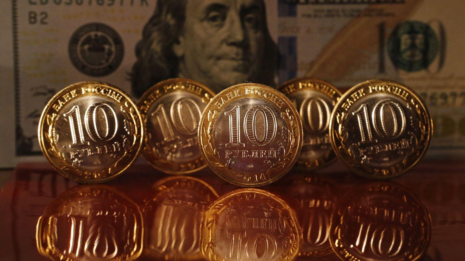 Rublos y dólares  - Sputnik Mundo, 1920, 21.04.2021