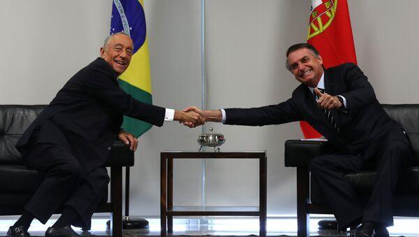 Marcelo Rebelo de Sousa, presidente de Portugal, y Jair Bolsonaro, presidente de Brasil - Sputnik Mundo