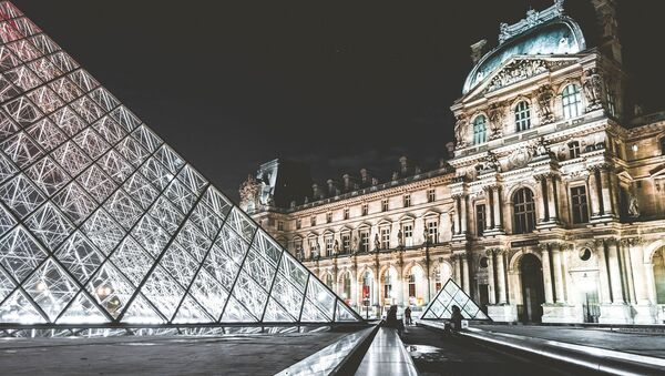 El Museo del Louvre - Sputnik Mundo