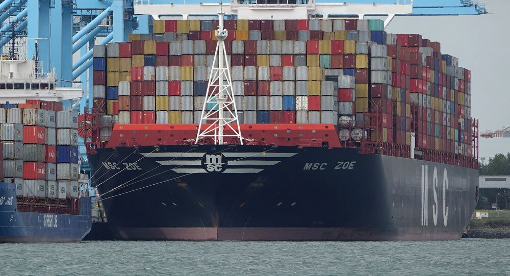 El buque de carga MSC Zoe