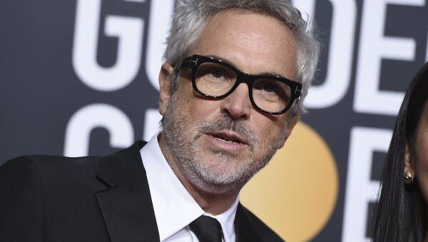 Alfonso Cuarón, cineasta mexicano, ante de la 76 entrega de los premios Globo de Oro, el 6 de enero de 2019 - Sputnik Mundo