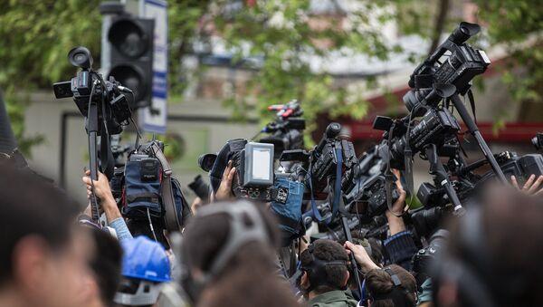 Periodistas (imagen referencial) - Sputnik Mundo