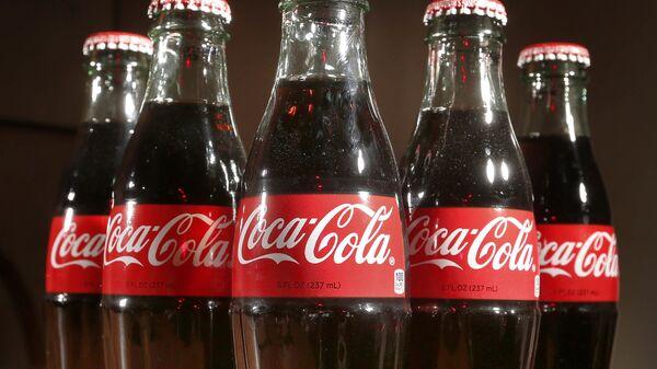Botellas de Coca-Cola - Sputnik Mundo