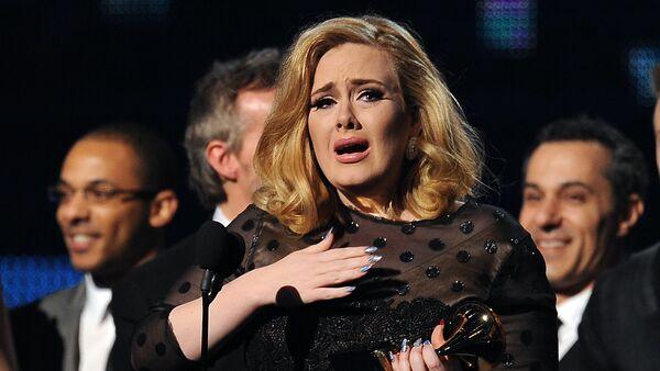 La cantante Adele - Sputnik Mundo