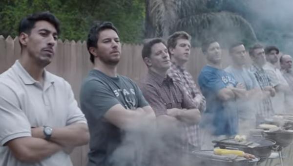 Captura de pantalla del anuncio de Gillette - Sputnik Mundo
