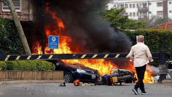 Las explosiones y disparos en el complejo hotelero Dusit, en Nairobi, Kenia - Sputnik Mundo