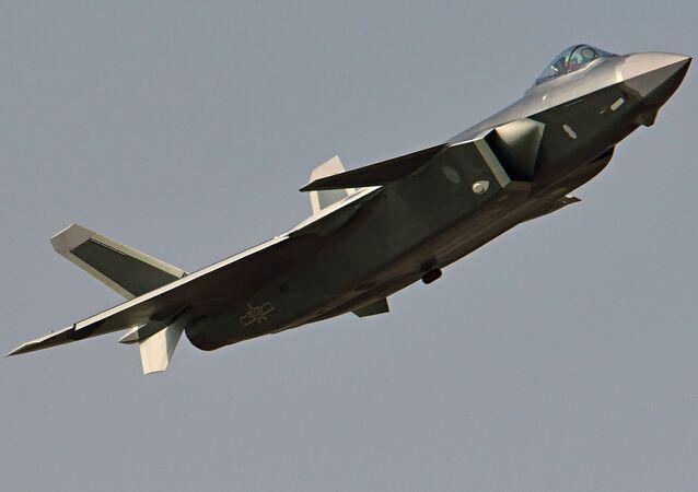 Caza chino de la quinta generación, J-20