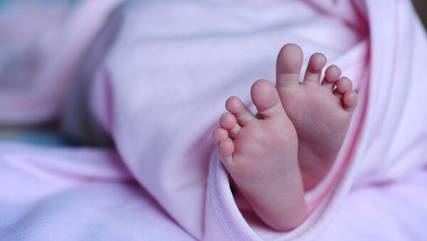 Un bebé, foto de archivo - Sputnik Mundo