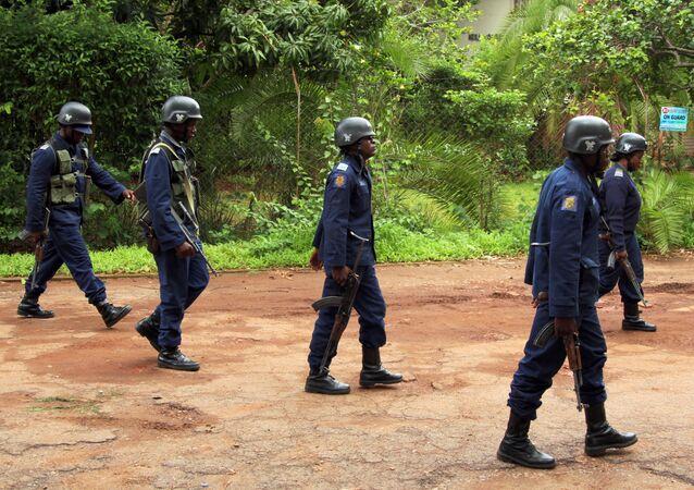 La policía de Zimbabue
