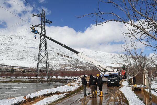 La primera planta de energía solar de Siria vuelve a funcionar - Sputnik Mundo
