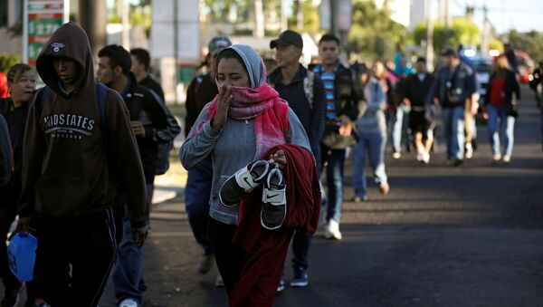 Migrantes centroamericanos avanzan hacia EEUU - Sputnik Mundo