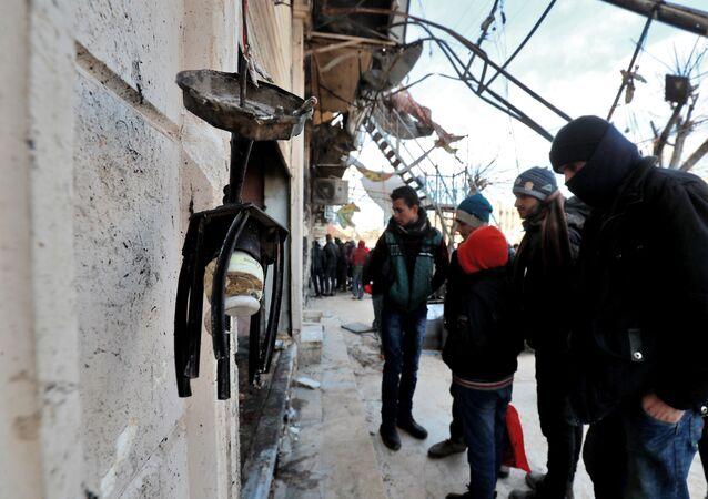 El sitio del ataque en Manbij