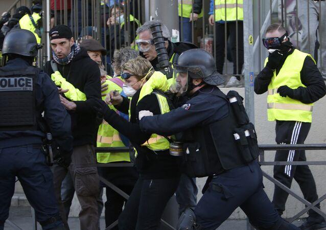 Protestas de los chalecos amarillos