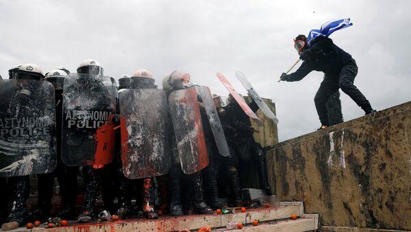 Enfrentamientos en Atenas - Sputnik Mundo