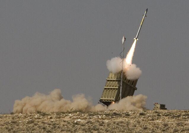 El sistema de defensa antimisiles israelí Cúpula de Hierro
