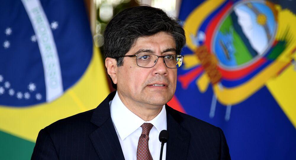 El canciller de Ecuador, José Valencia