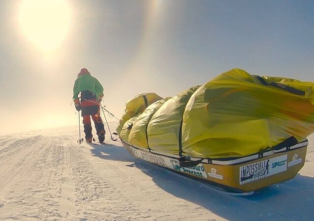 Colin O'Brady, el primer ser humano en atravesar la Antártida solo