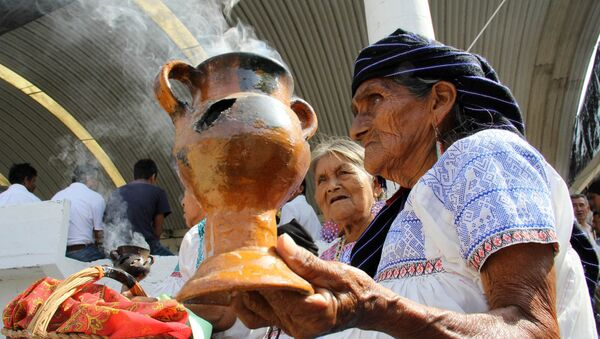 Los representantes de las comunidades indígenas en Ciudad de México (imagen referencial) - Sputnik Mundo