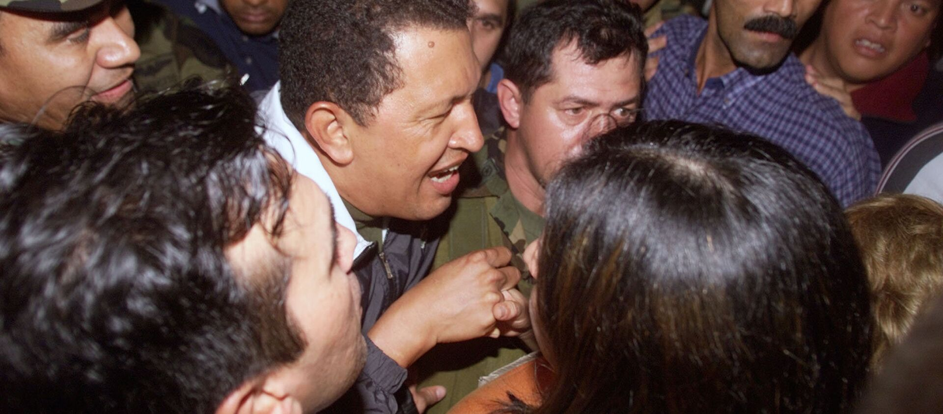 Hugo Chávez vuelve al palacio de Miraflores, 14 de abril de 2002 - Sputnik Mundo, 1920, 27.01.2019