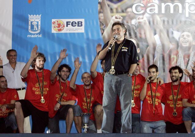 Pepu Hernández, antiguo entrenador de la selección española de baloncesto (archivo)