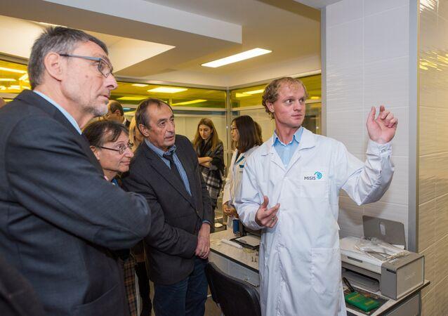 Un científico de la Universidad Nacional de Ciencia y Tecnología de Rusia MISIS