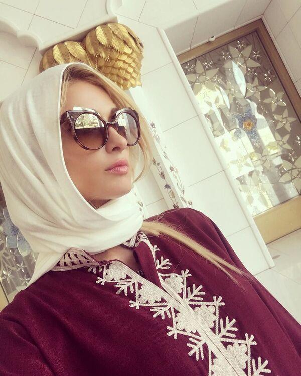 Día Mundial del Hiyab: estas son las famosas que han lucido el velo musulmán - Sputnik Mundo