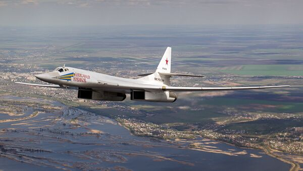Bombardero estratégico ruso (imagen referencial) - Sputnik Mundo