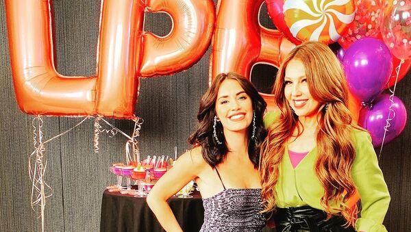 Thalía y Lali Espósito celebran el éxito de su tema musical - Sputnik Mundo