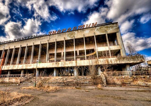 Palacio de cultura en la ciudad fantasma de Prípiat