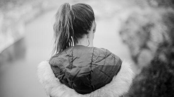 Mujer adolescente, imagen referencial - Sputnik Mundo