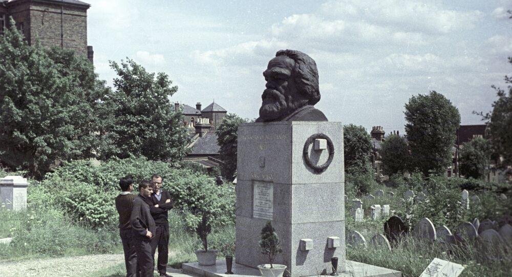 Tumba de Karl Marx en Londres