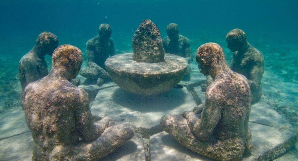 Una escultura en el Museo Subacuático de Arte MUSA