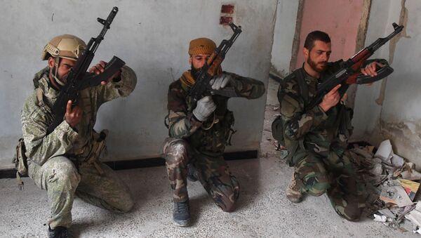Cómo preparan los especialistas rusos a los militares sirios - Sputnik Mundo