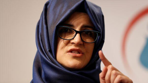 Hatice Cengiz, novia del periodista saudí asesinato Jamal Khashoggi - Sputnik Mundo