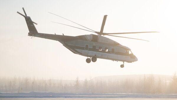 Pruebas de vuelo del helicóptero Mi-38 en el aeropuerto de Mirni, en Yakutia - Sputnik Mundo