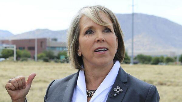 Michelle Lujan Grisham, gobernadora de Nuevo México - Sputnik Mundo