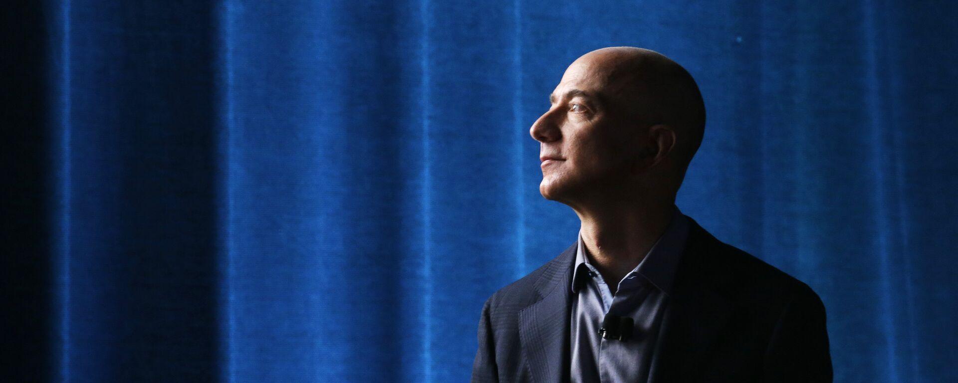 Jeff Bezos, propietario de Amazon  - Sputnik Mundo, 1920, 06.12.2020