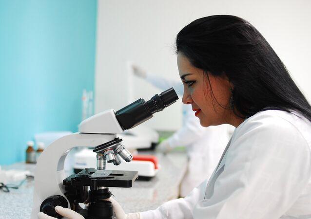 Mujer científica