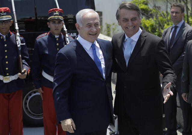 El primer ministro israelí, Benjamín Netanyahu,es recibido por el presidente electo de Brasil, Jair Bolsonaro
