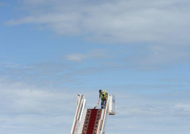 La escalera de un avión (imagen referencial)