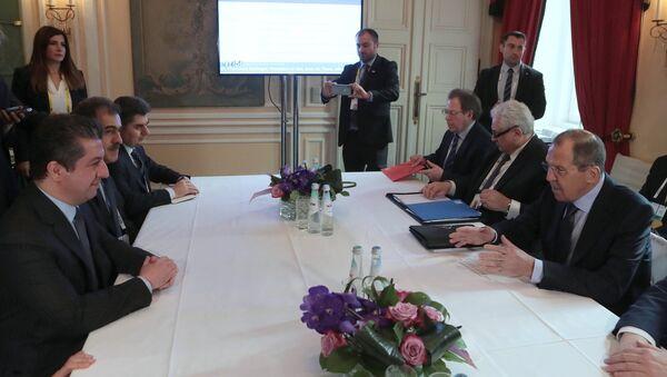 El candidato a primer ministro del Kurdistán iraquí, Masrour Barzani, y el canciller ruso, Serguéi Lavrov - Sputnik Mundo